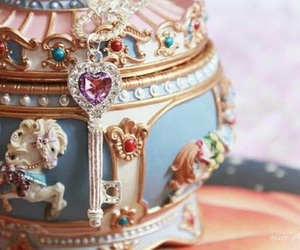 cute and music box image