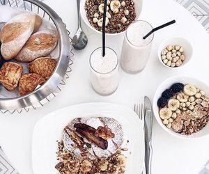 food and yum image