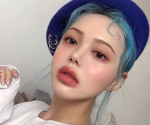ulzzang, asian, and blue image