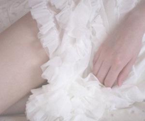 Image by Hiyomi