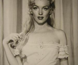 1950, b&w, and red lips image