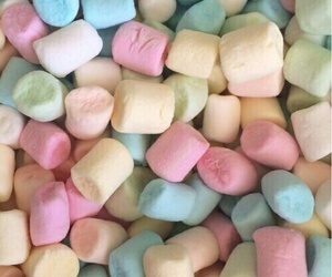 marshmallow, food, and wallpaper image