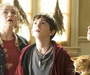 chronicles, freddie highmore, and the spiderwick image