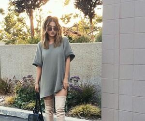 wavy blonde hair, grey t-shirts, and gold aviator sunglasses image