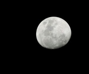 cielo, luna, and negro image