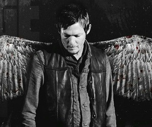 norman reedus, twd, and the walking edad image
