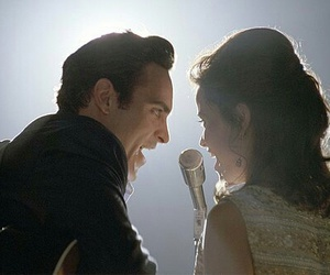 walk the line, joaquin phoenix, and Johnny Cash image
