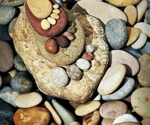art and stones image