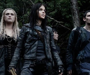 the 100, octavia, and clarke griffin image