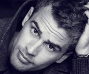 four, theo james, and niezgodna image