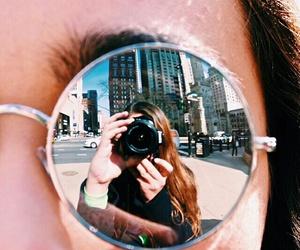 Image by Bella Luisé