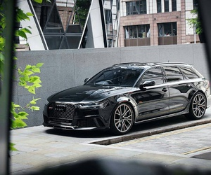 audi and rs6 image