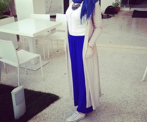 Bleu, hijab, and Queen image