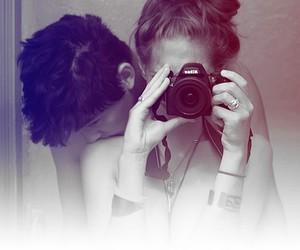 black and white, camera, and kiss image