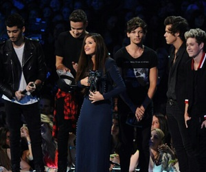 one direction, selena gomez, and selenagomez image