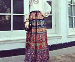 accessories, fashion, and maxi skirt image