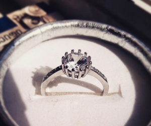 ring, silver, and engage image