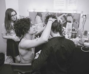 Harry Styles, matty healy, and one direction image