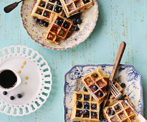 breakfast and waffles image