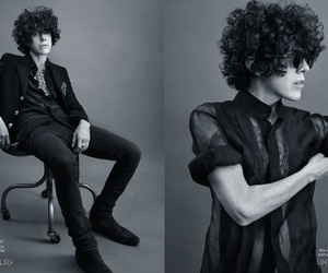 androgynous, androgyny, and curly hair image