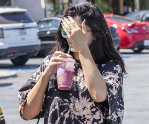 kylie jenner, fashion, and lips image