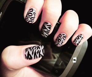 nails, phone, and nail art image