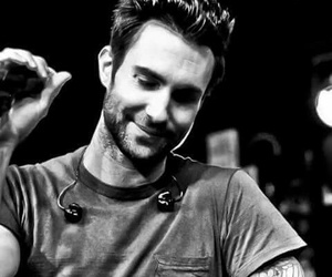 adam levine and wallpaper image