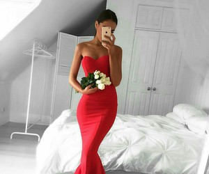 grammys and red dress image