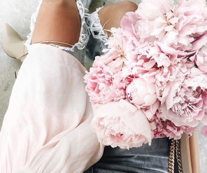 flowers, indie, and pink image