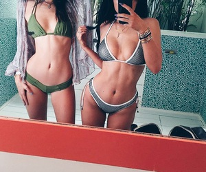 kylie jenner, body, and kendall jenner image