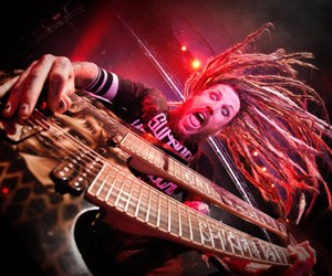 korn and brian head welch image