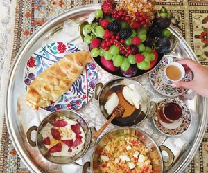 breakfast and ﻋﺮﺑﻲ image
