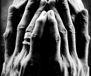 hands and portrait image