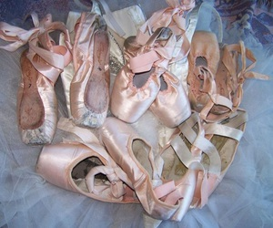 ballerine, pink, and shoes image