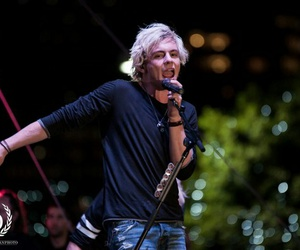 r5, ross lynch, and celebrity image