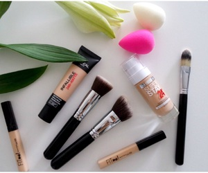 love and makeups image