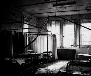 hospital and psychiatric image