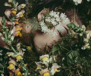 aesthetic, dark, and floral image