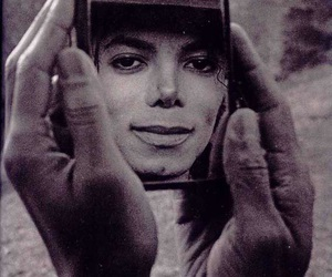 beautiful face, michael jackson, and hands image