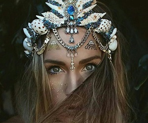 beautiful, crown, and girl image
