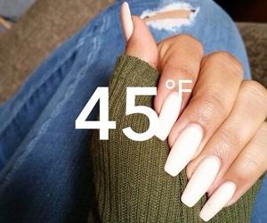 nails and snapchat image