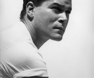 actor, ray liotta, and black&white image