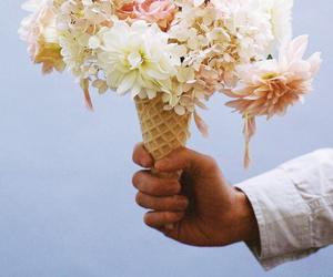 flower, indie, and vintage image