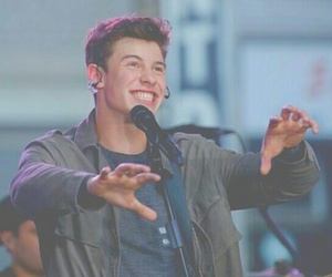 boy and shawn mendes image