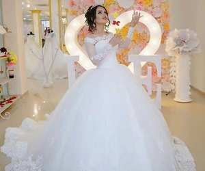 awesome, wedding dress, and beautiful image