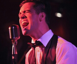 brendon urie, live, and panic at the disco image