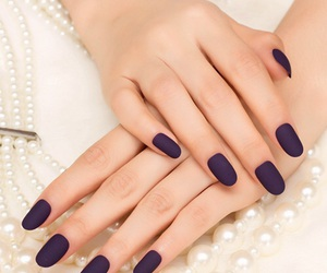 nails, navy, and round image