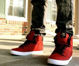 shoes, supra, and red image