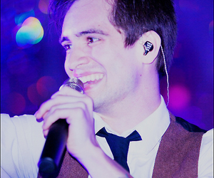 brendon urie, panic! at the disco, and singing image