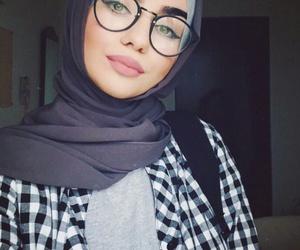 hijab, chechenka, and muslima image